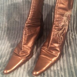 Womens brown pointed toe ankle boots Size US 5